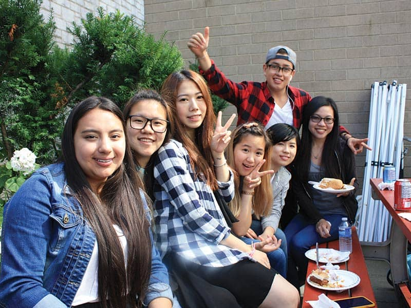 vanwest_college_vancouver_activity_bbq
